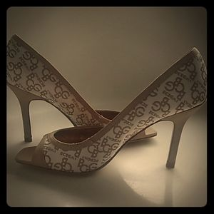 BCBGirls awesome heels size 6.5